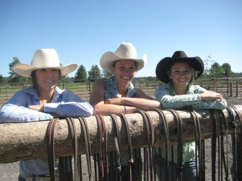 Sunriver Stables cowgirls look forward to helping you enjoy a first-class horseback riding vacation in Central Oregon.