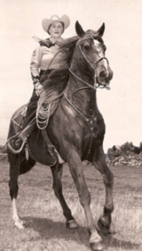 Anna Leialoha Lindsey Perry-Fiske on a Hawaiian Horseback Riding Vacation