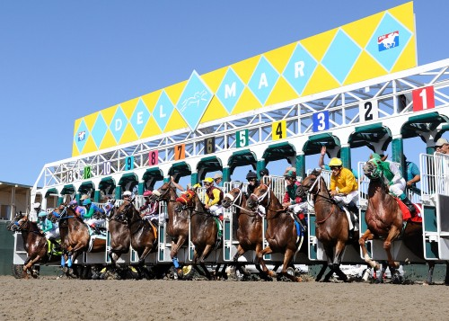 Del Mar Race Track - where the turf meets the surf in horse racing