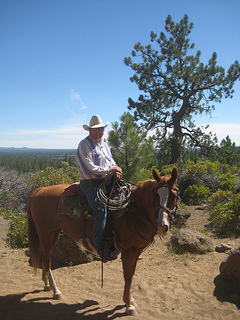 Wrangler Randy Mittelstadt takes guests on a horseback riding vacation at Sunriver Stables