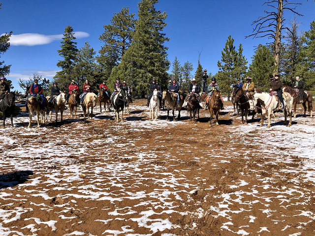 rubys horseback adventures, rubys grand adventure, horseback riding thunder mountain southern utah, bryce canyon horse rides